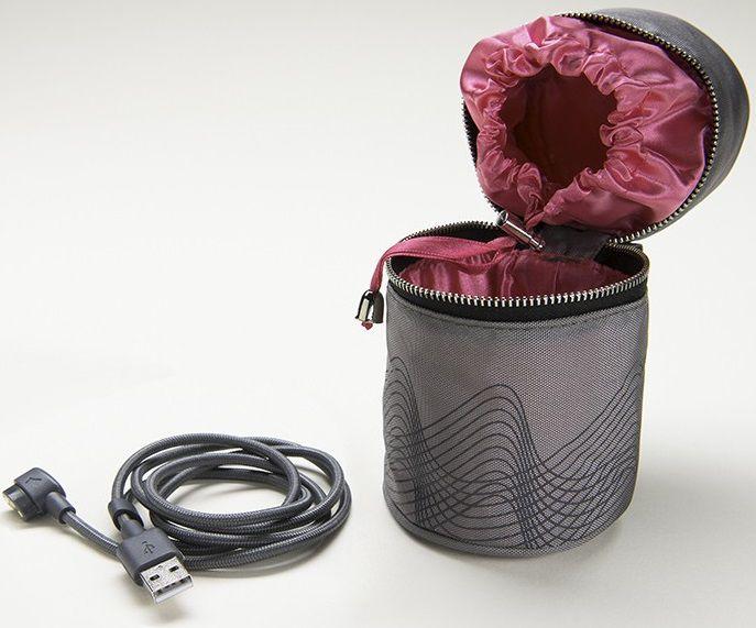 Сумка-чехол для Revel Body с дополнительным шнуром для зарядки.