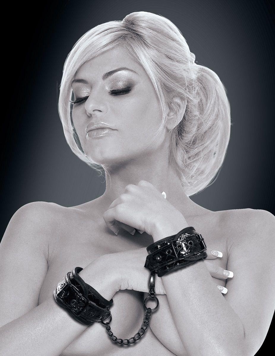 Чёрные наручники COUTURE CUFFS фото